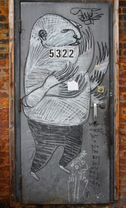 Drawing by Other in alley between St-Laurent and Clark