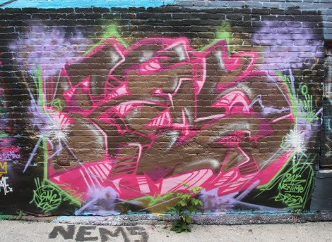 Nems for Orgasthme in alley between St-Laurent and Clark