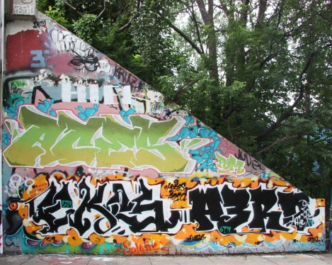 Aces (middle), Ekes and Aero (bottom) at the Rouen legal graffiti tunnel