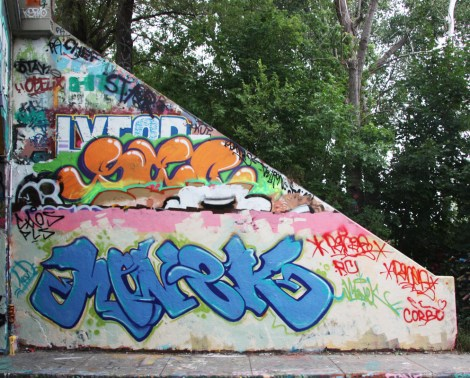 Monek at the Rouen legal graffiti tunnel