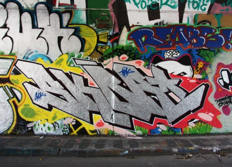 Skor at the Rouen tunnel legal graffiti walls; above right is Reabs