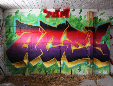 Aces graffiti piece found in urbex