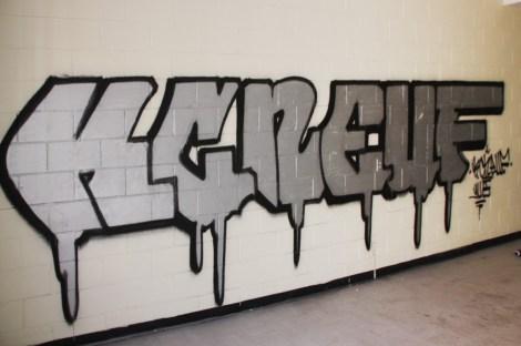 KC Neuf graffiti piece found in urbex