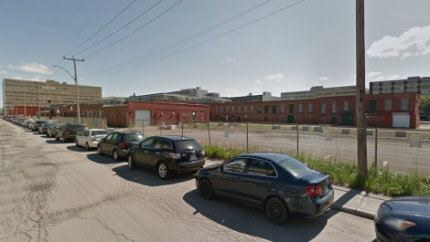 The abandoned Transco, Louvain side. Photo © Google Street View.