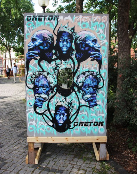 """One Ton on """"your face here"""" board for the 2016 edition of Mural Festival"""