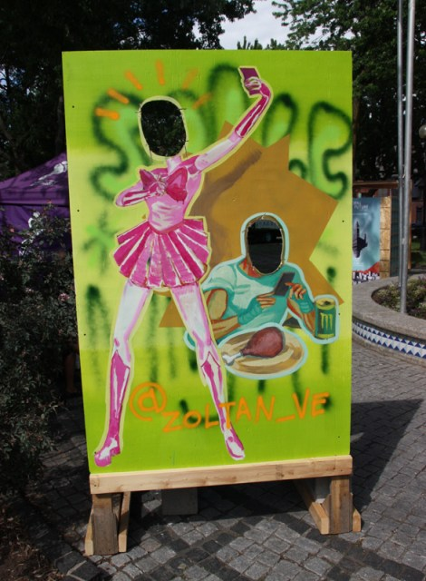 """Zoltan on """"your face here"""" board for the 2016 edition of Mural Festival"""