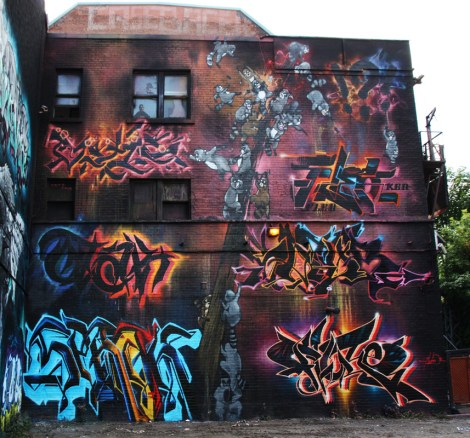 Under Pressure 2016 K6A wall featuring Axe (racoons), Serak (bottom left), Otak (middle left), Satyr (top left), Fleo (top right), Dodo Osé (middle right) and Fluke (bottom right)