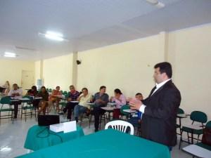 Secretário de Agricultura Familiar, Adelmo Soares, dialoga com movimentos sociais