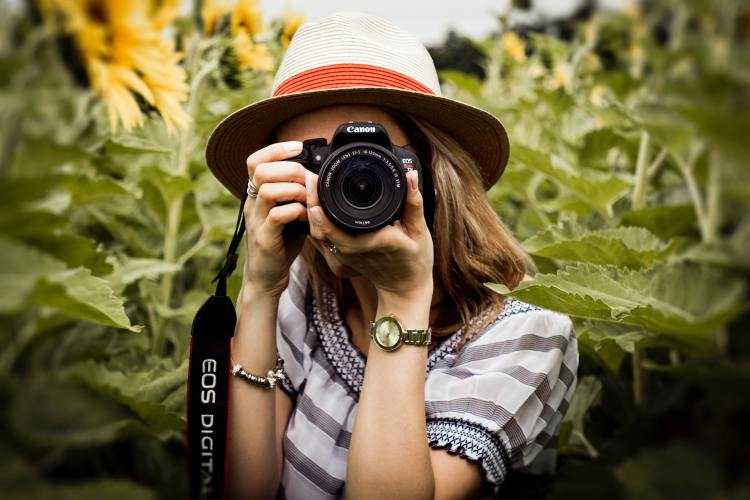 Best Apps to Make Money with Photos