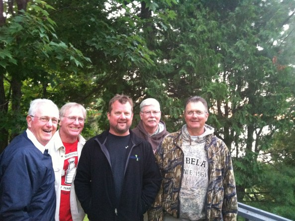 The Barski's invited us out to their lake home for ribs during NWT practice--Marty went on to win the co-angler title!  Here's Spike, Marty, Steve Miller, Tracy Hayward, and Chris Burns before dinner!