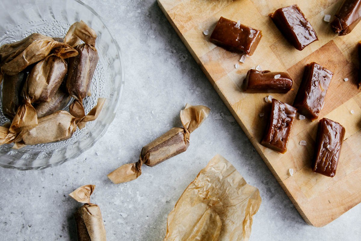 Dairy-free Salted Caramels #vegan #paleo #glutenfree