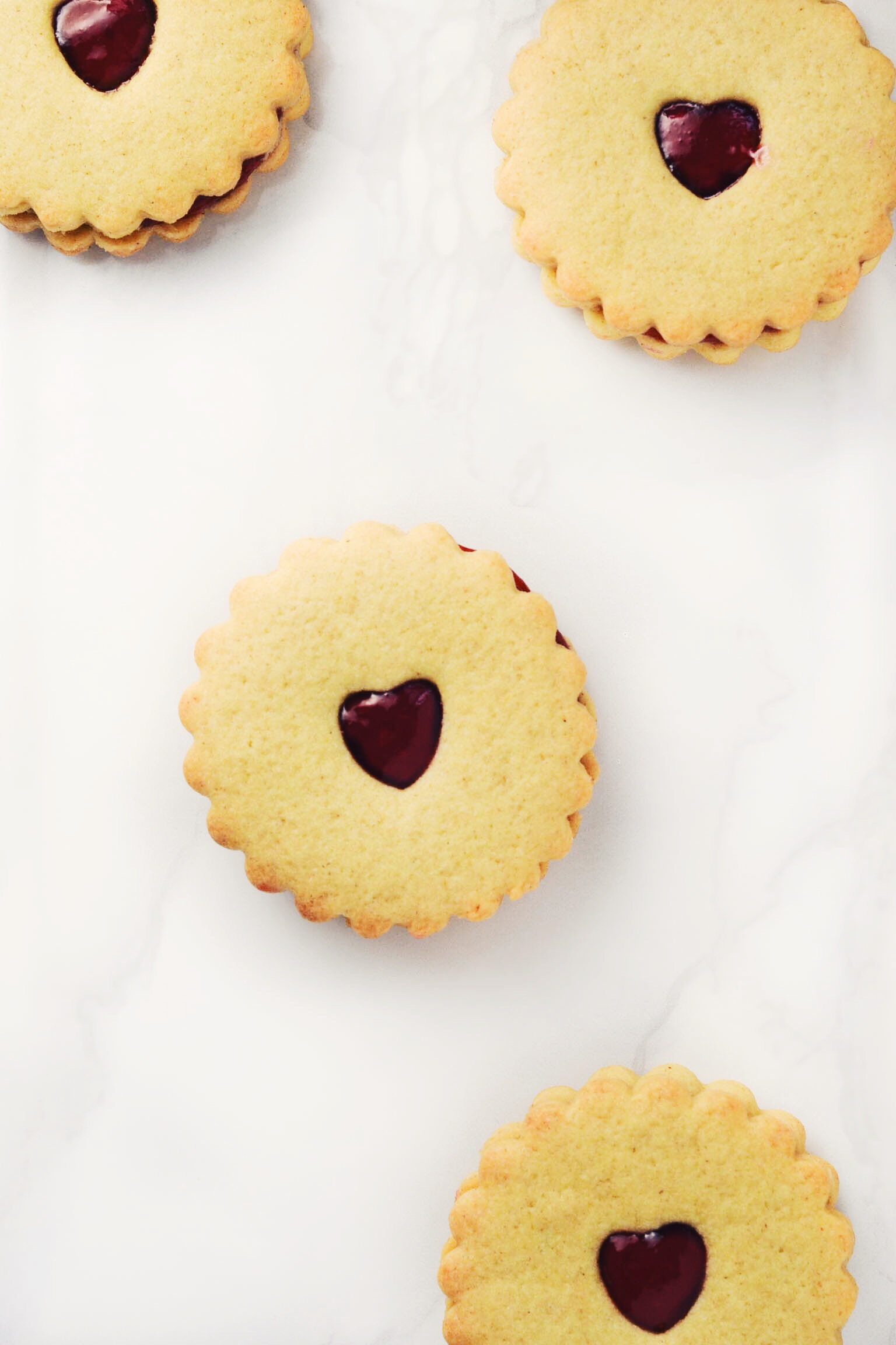Vegan Jammy Dodgers ♥ - Wallflower Kitchen