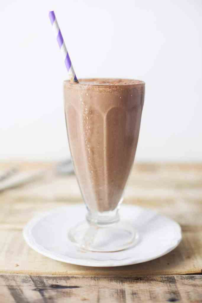 Chocolate Oat Shake