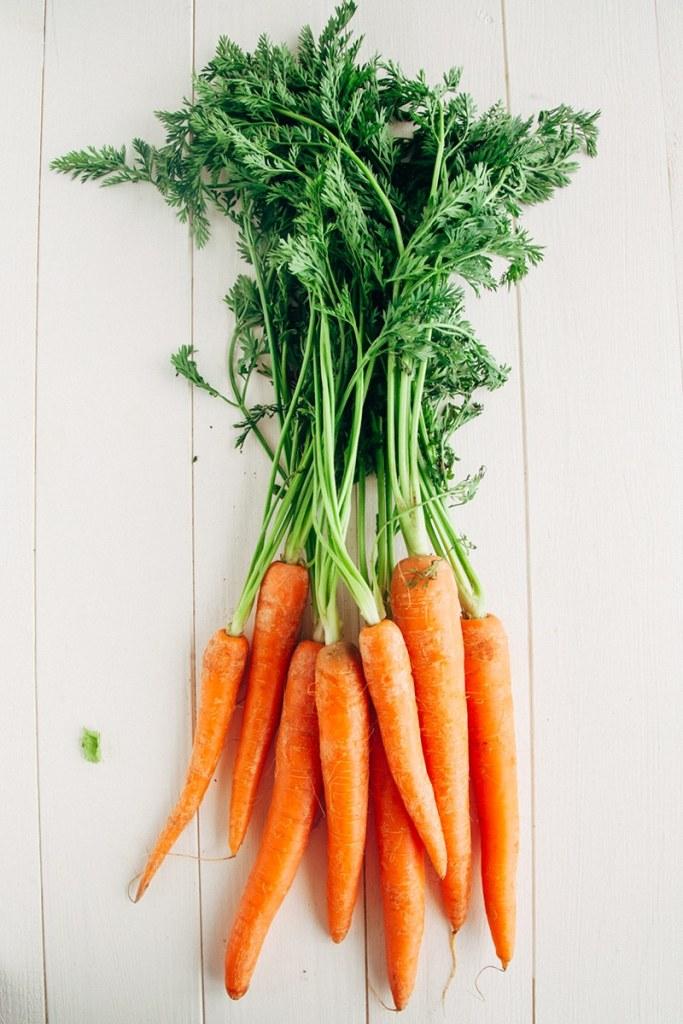 Carrot Coriander Soup (Vegan, Gluten-free, Paleo, Fat-free)