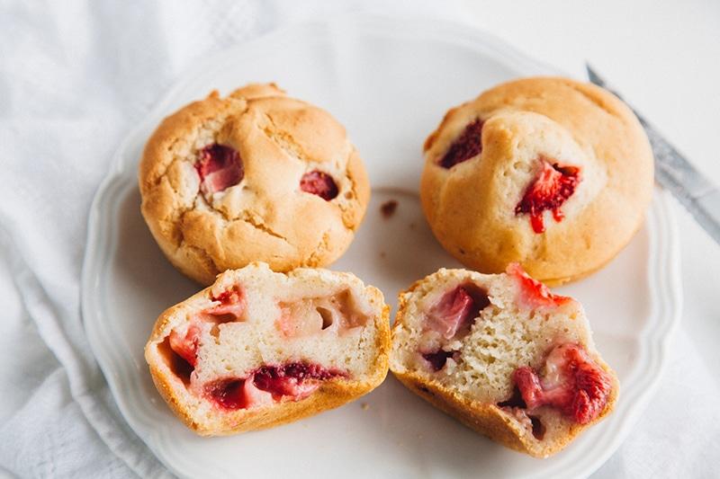 Low-Fat Vegan Strawberry Muffins (Gluten-free Option)