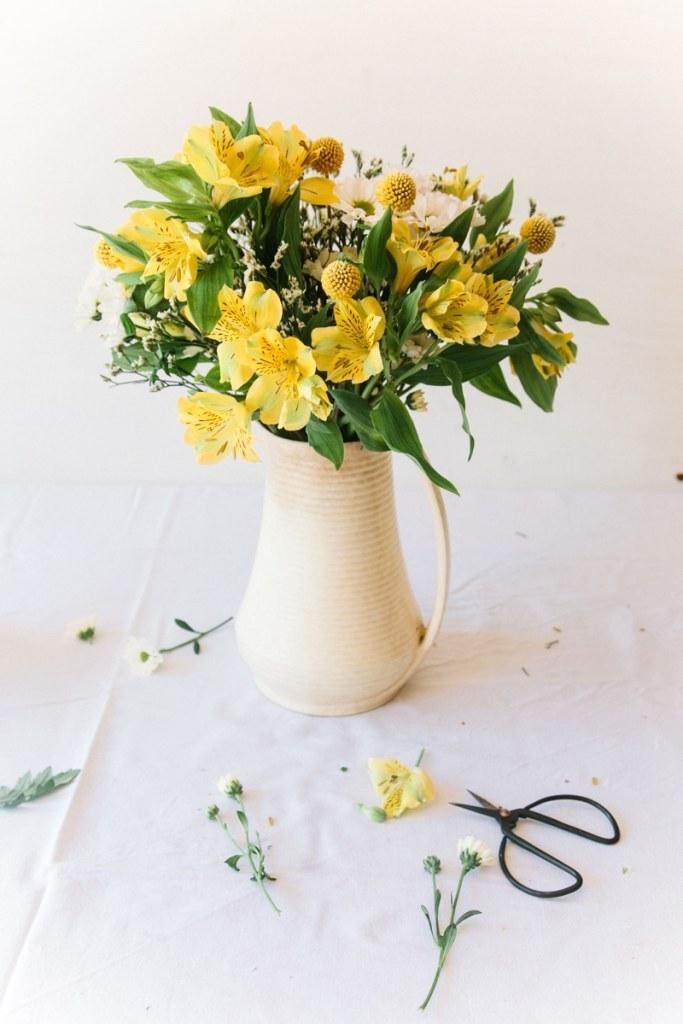 """Bloom & Wild """"Charlie"""" Bouquet - Wallflower Kitchen"""