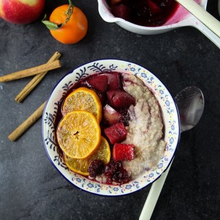 Spiced Porridge with Mulled Fruits #healthy #breakfast #vegan #dairyfree