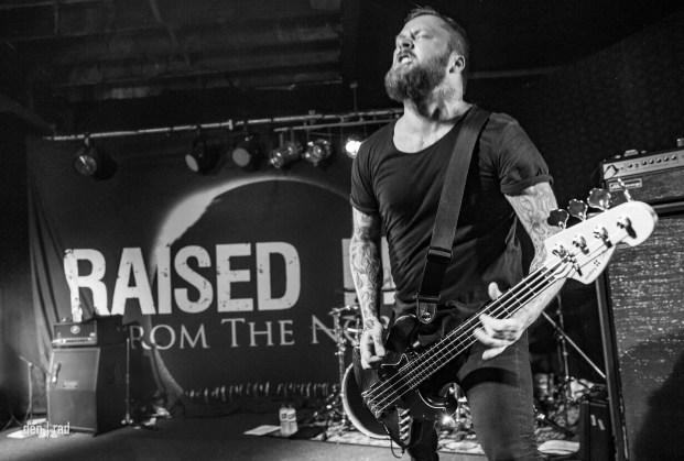 raised-fist-10