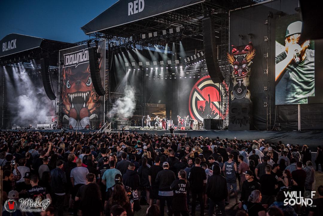 Download_Melbourne_2018_Crowd-30
