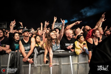Download_Melbourne_2018_Crowd-31