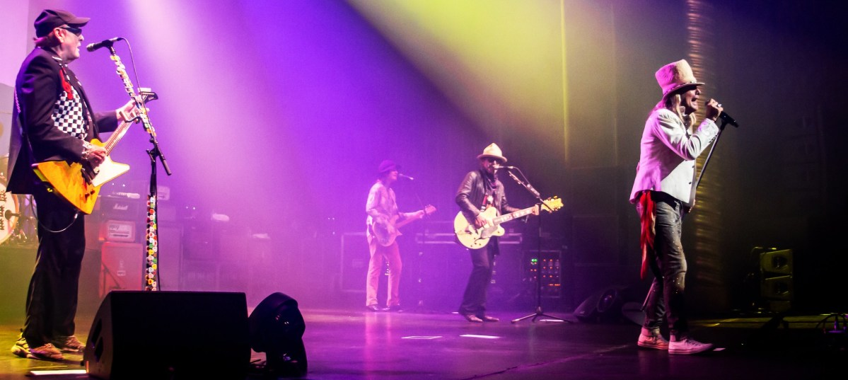 Cheap Trick - Gig Review & Photo Gallery 15th October @ Palais Theatre, Melbourne VIC