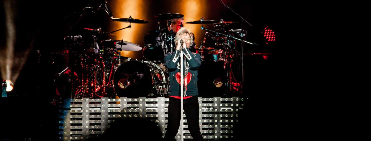 Bon Jovi - Gig Review & Photo Gallery 8th December @ ANZ Stadium, Sydney NSW