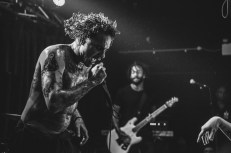 FEVER 333 (18 of 58)