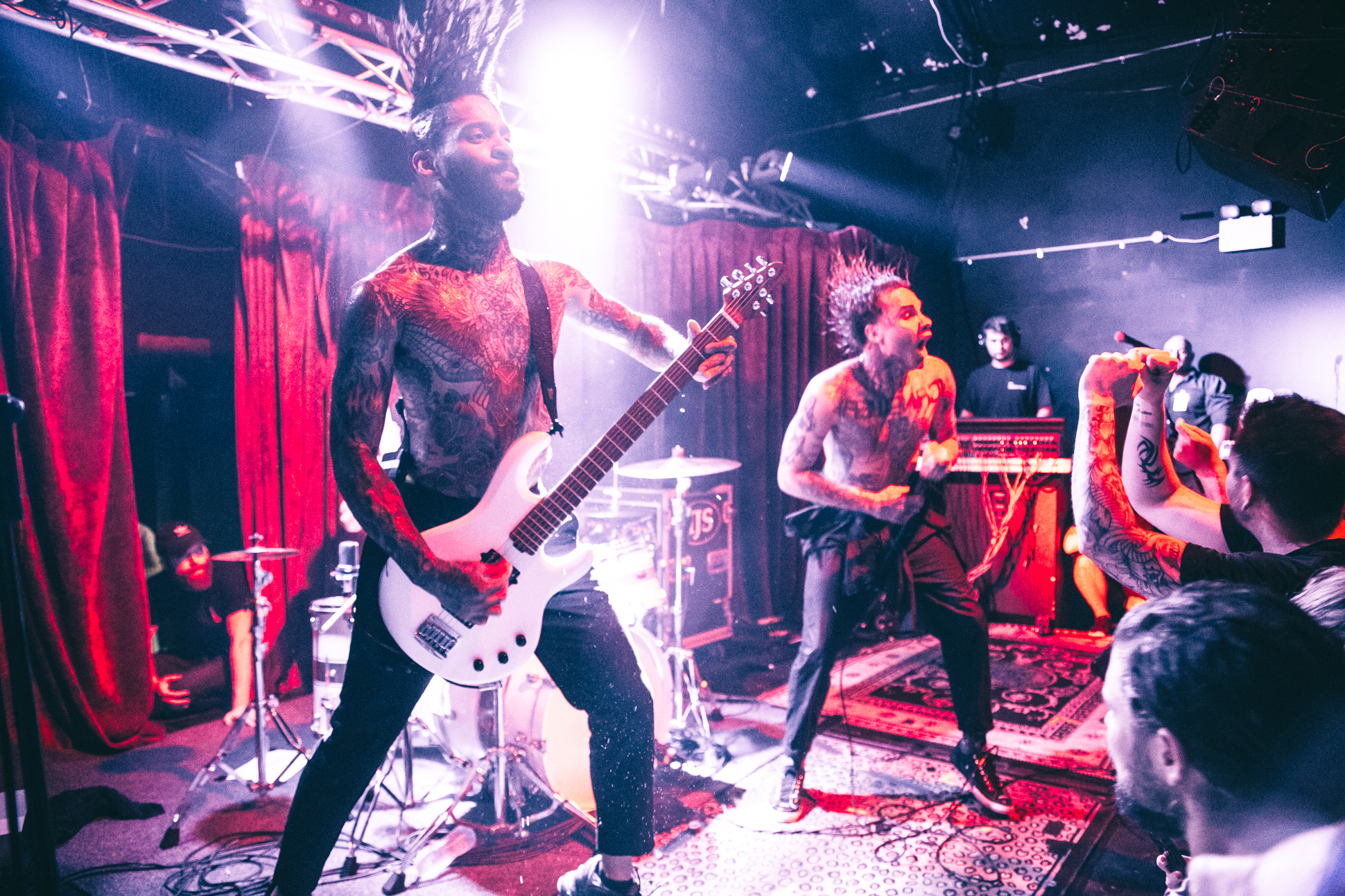 FEVER 333 (47 of 58)