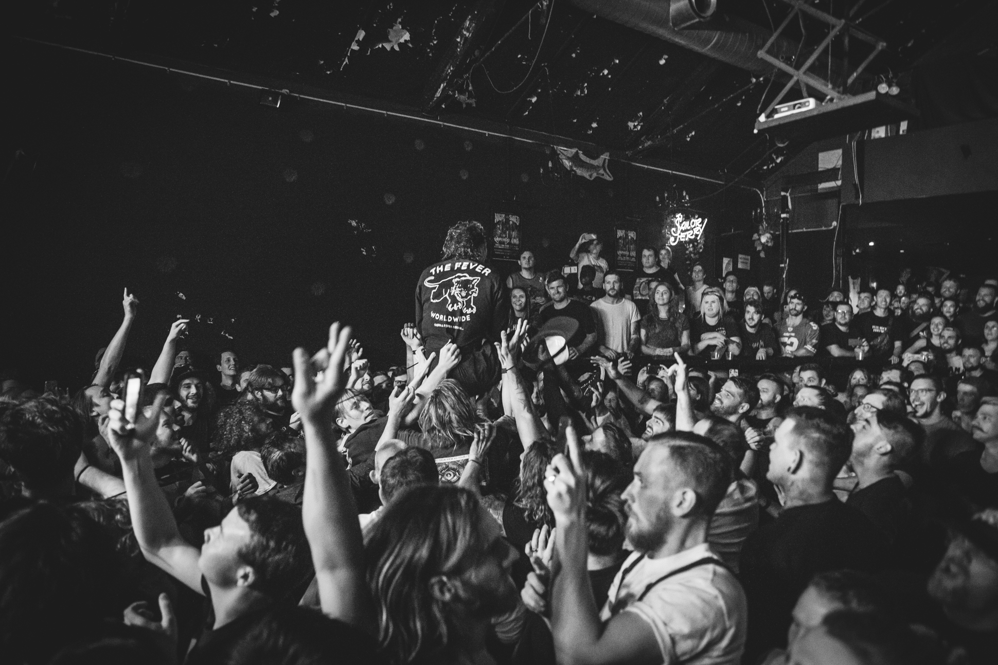 FEVER 333 (6 of 58)