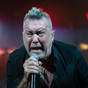Jimmy_Barnes-52