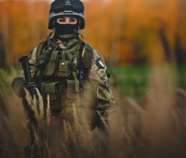 Free Wallpapers Women Soldiers Army Photography Italy Girls With Guns Female Warr Photography