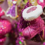 Pink Christmas Wallpapers Top Free Pink Christmas Backgrounds Wallpaperaccess