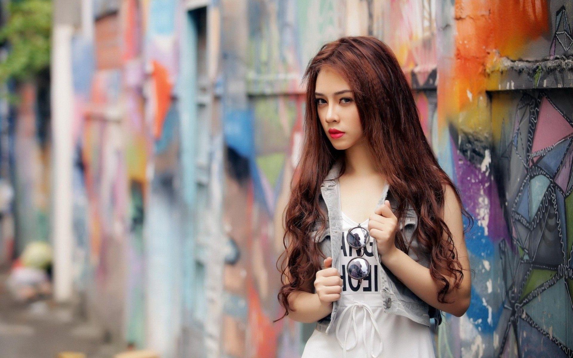Fashion Girl Wallpapers Top Free Fashion Girl Backgrounds Wallpaperaccess