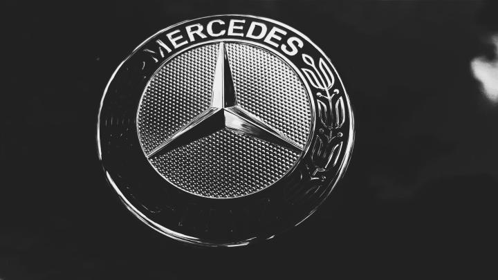 Iphone wallpaper mercedes logo allofpicts mercedes logo wallpapers wallpaper cave voltagebd Images