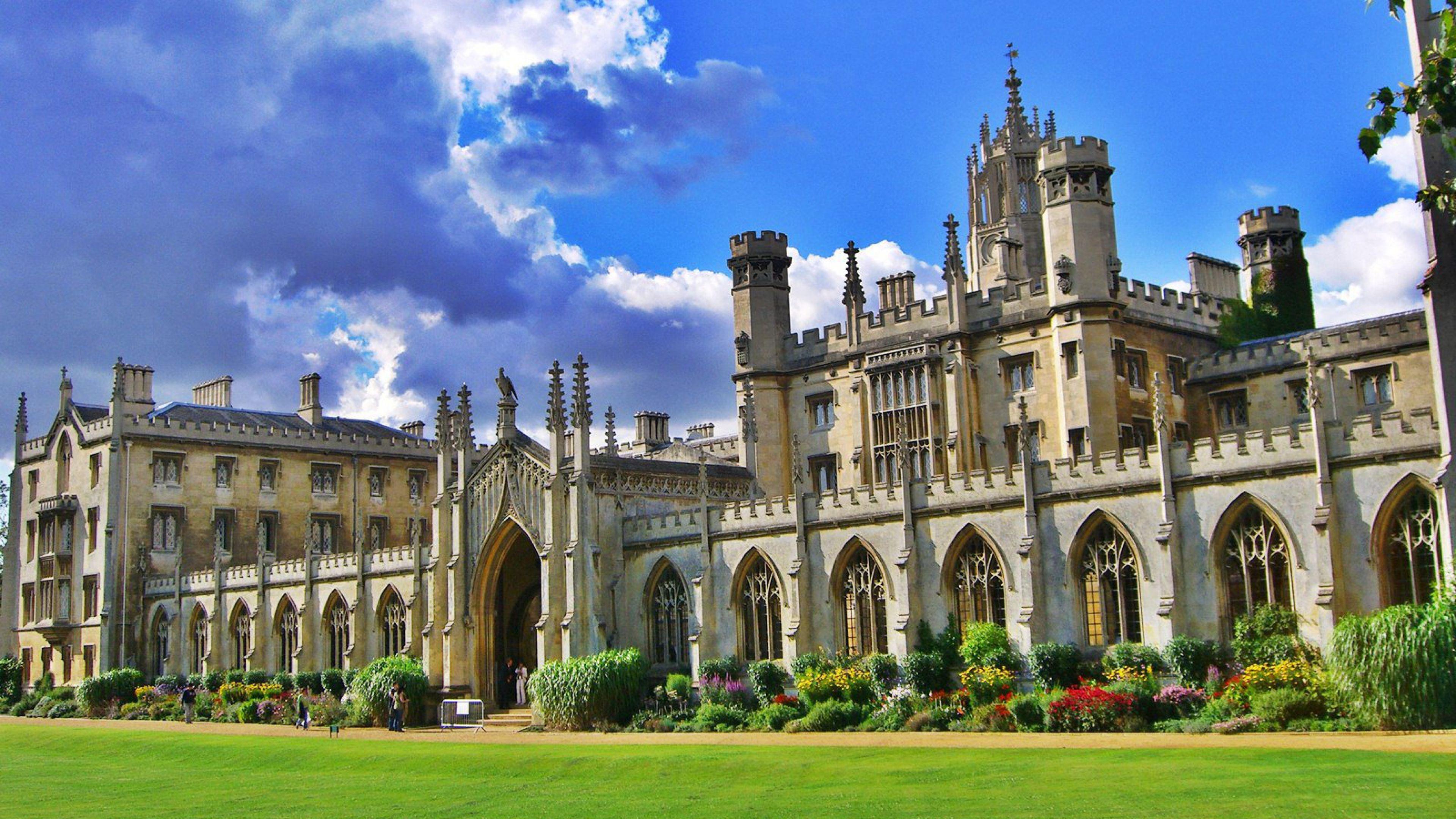 THE 'Table of Tables' 2021 - University of Cambridge raih peringkat pertama