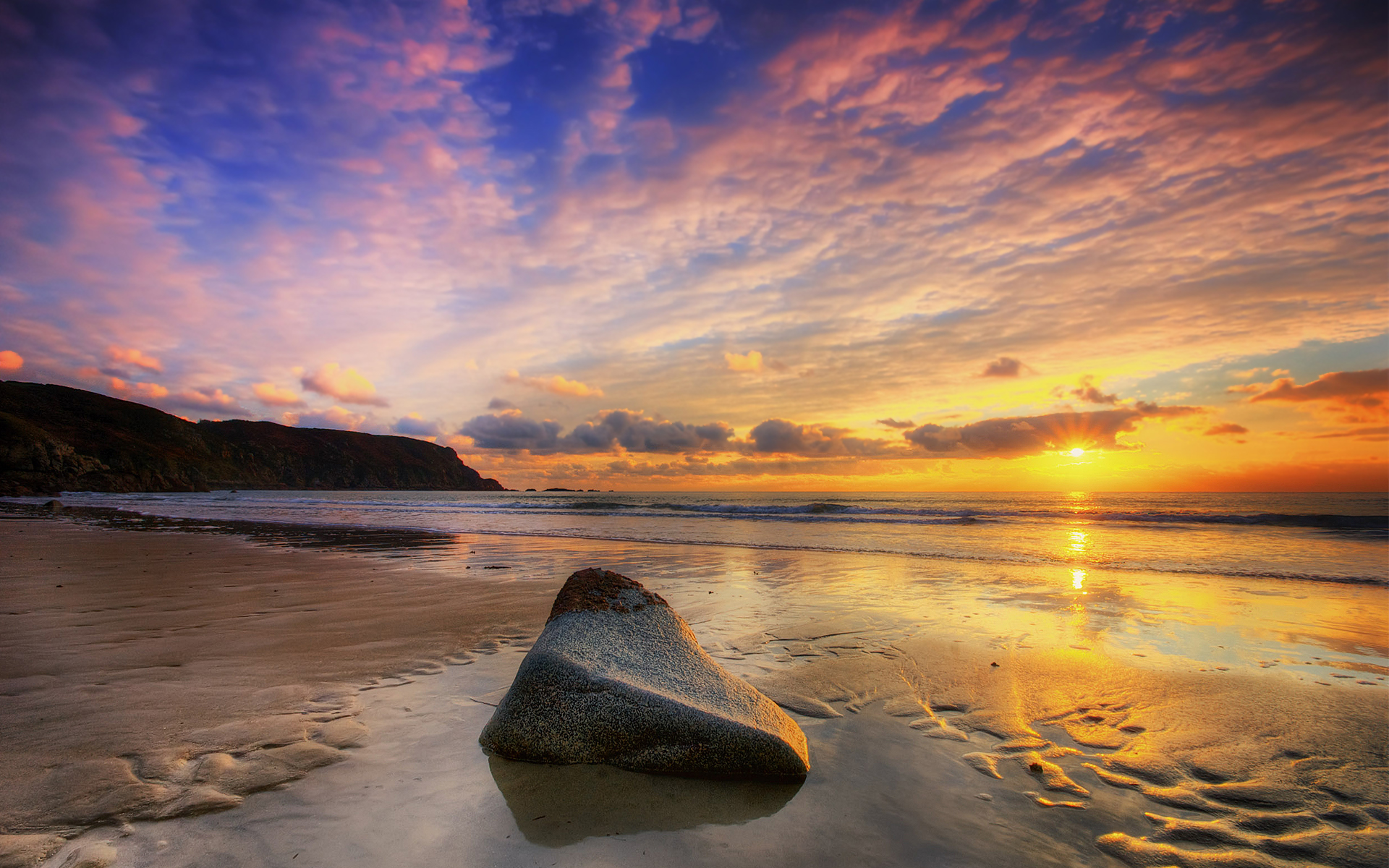 stone on beach wallpaper for iphone wallpaper | wallpaperlepi
