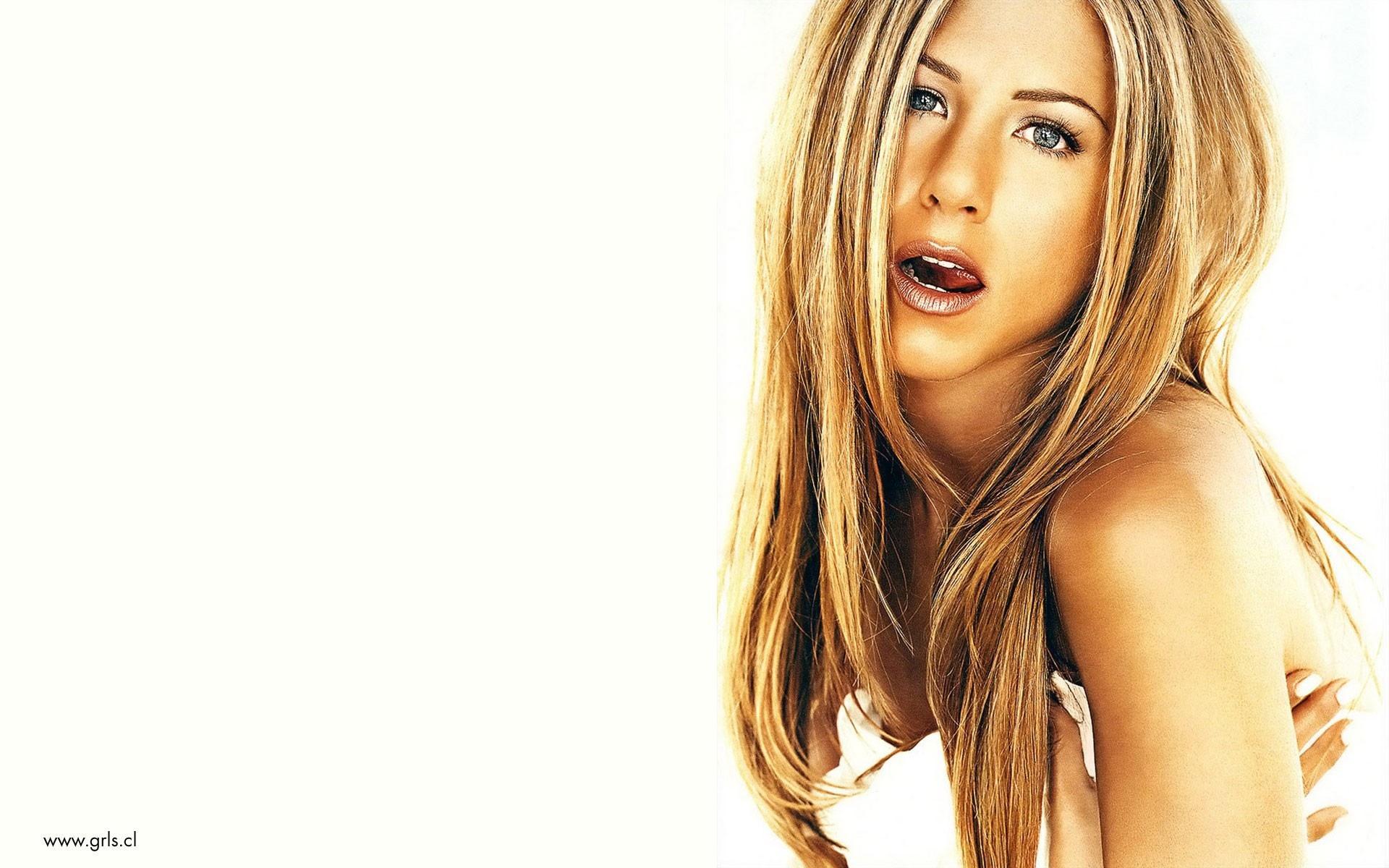 Jennifer Aniston Wallpaper HD Download