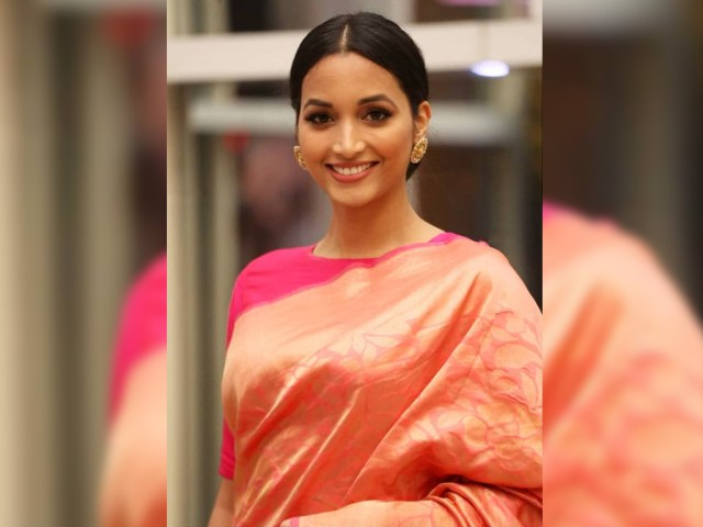 KGF Actress Srinidhi shetty Pictures - BollywoodFever