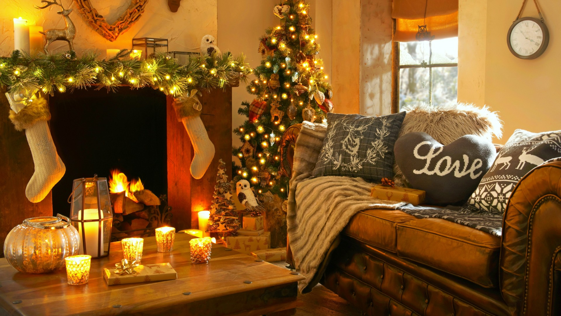 Large Christmas Light Pictures