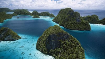 Indonesian Island Scenery | Wallpup.com