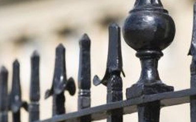 5 Tips for Iron Fence Repair