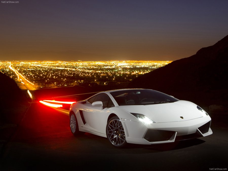 Amazing White Lamborghini Gallardo LP560 4 Photo Picture