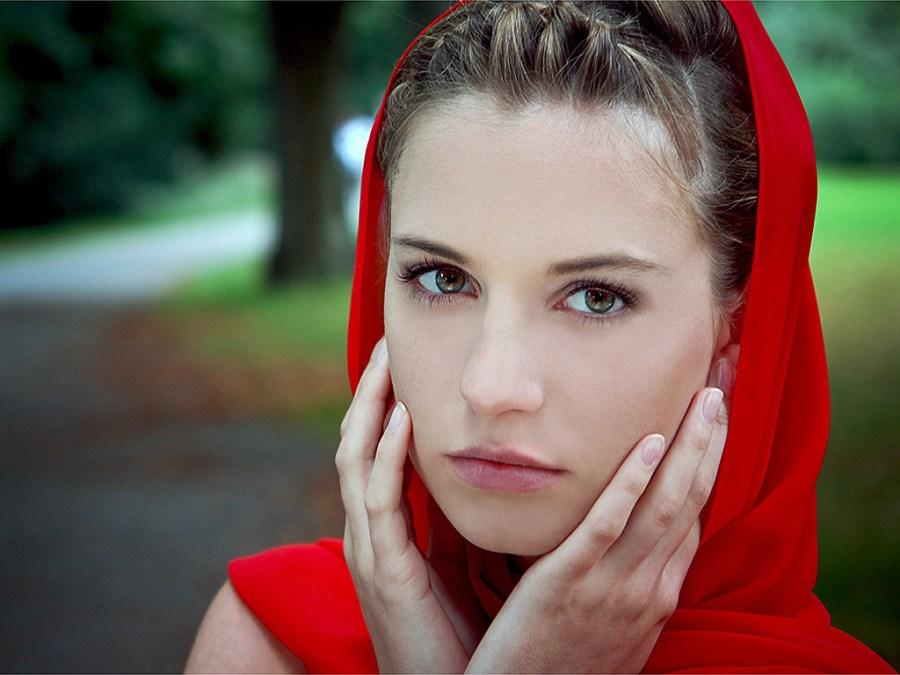 Women Portrait Photography Wallpaper HD Widescreen Picture