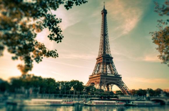 New Paris Eiffel Tower Full High Definiiton Wallpaper Picture Image