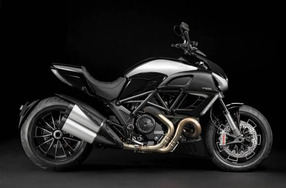 Ducati Diavel AMG Special Edition Wallpaper Widescreen Desktop