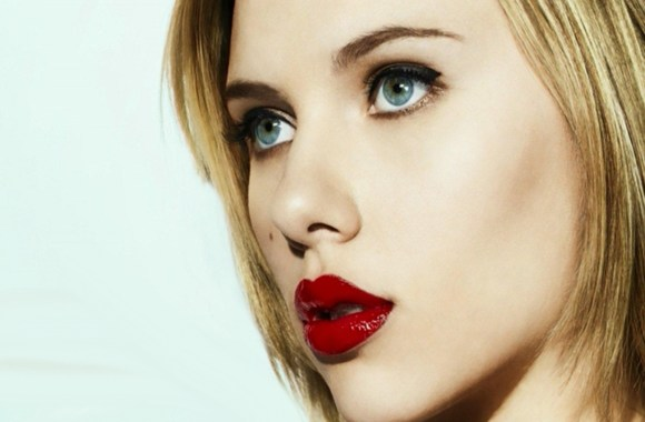 Hollywood Stars Scarlett johansson Red Lip Photo Picture Free Download
