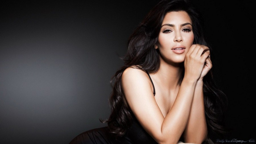 Kim Kardashian HD Wallpaper