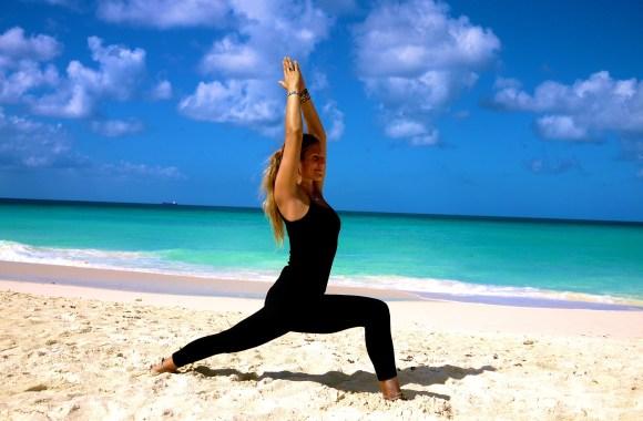 Yoga Warrior Virabhadrasana Pose HD Wallpaper