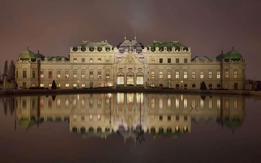 Imperial Palace, Vienna Austira-1920