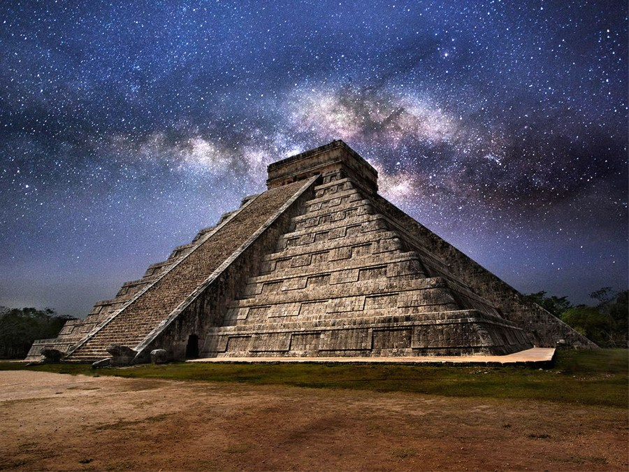 Milky Way over Mexico's El Castillo pyramid